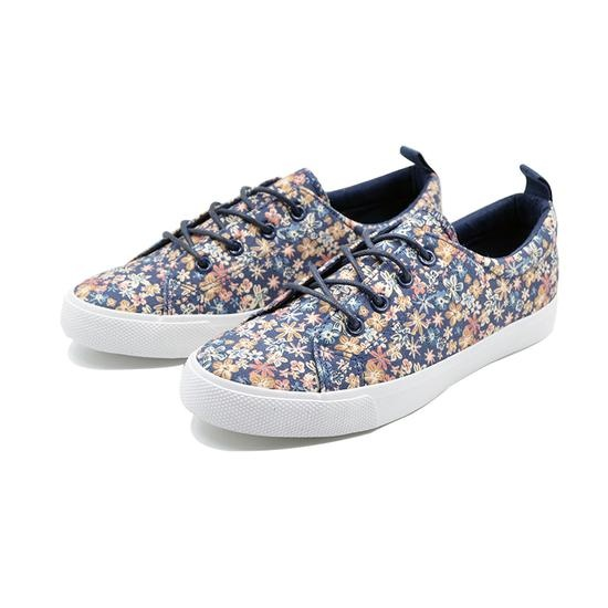 Classic vulcanized shoes with printed upper for woman