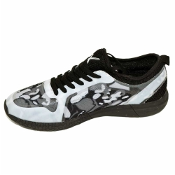 Mesh men and women Walking shoes with mesh upper